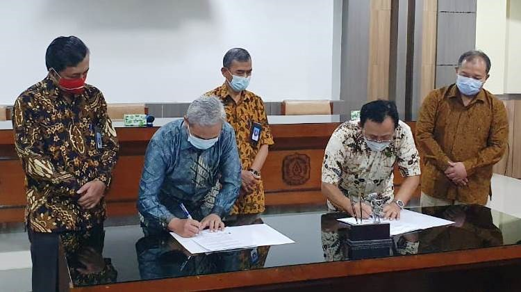 Signing MoU with LSPPO FP UNS Equipping Graduates with Organic Agriculture Competence