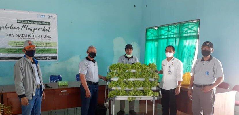 FP UNS Berikan Bantuan Masyarakat Terdampak Covid-19